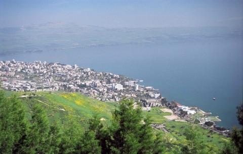 Le lac de Tibériade dans le nord d'Israël (photo : www.goisrael.com).