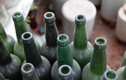 Les bouteilles retrouvées appartenaient à des soldats britanniques (photo : pexels.com)