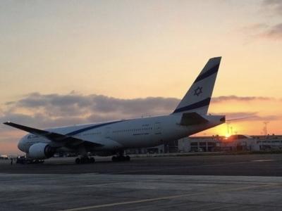 Moins de passagers pour ELAL malgré la hausse du nombre de voyageurs transitant par l'aéroport Ben Gourion (photo : Twitter @Oren_83).