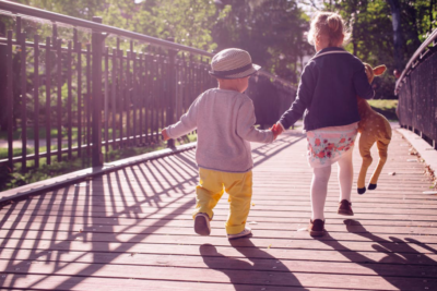 Il faut impérativement apprendre aux enfants comment se déplacer en toute sécurité (photo : Pexels.com)