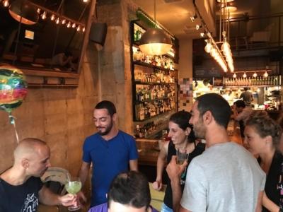 Les bars de Tel-Aviv sont toujours bondés (photo : KHC)