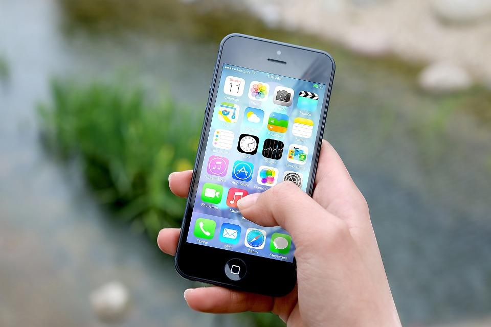 Les smartphones jouent également un rôle toujours plus important dans le domaine de la santé numérique (photo : Pixabay)