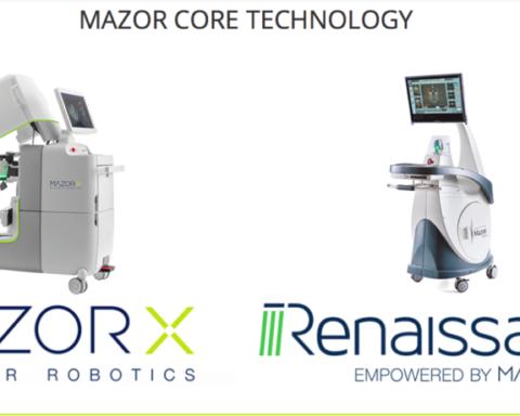 Deux des robots utilisés pour les opérations de la colonne vertébrale (photo : site Internet de Mazor Robotics).