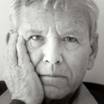 Un penseur qui plaidait en faveur de l'humour. Amos Oz va nous manquer (photo : Michiel Hendryckx, https://commons.wikimedia.org/w/index.php?curid=10833437)