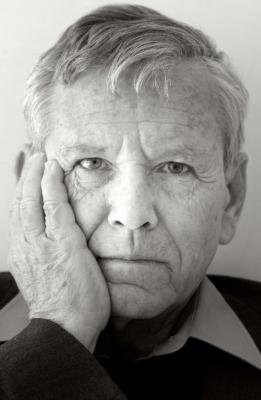 Un penseur qui plaidait en faveur de l'humour. Amos Oz va nous manquer (photo : Michiel Hendryckx, https://commons.wikimedia.org/w/index.php?curid=10833437)