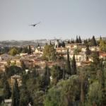 Le festival se tient dans le pittoresque quartier de Mishkenot Sha'ananim à Jérusalem (photo: http://www.JerusalemShots.com>photo: Roman Kriman, JerusalemShots.com</a>)