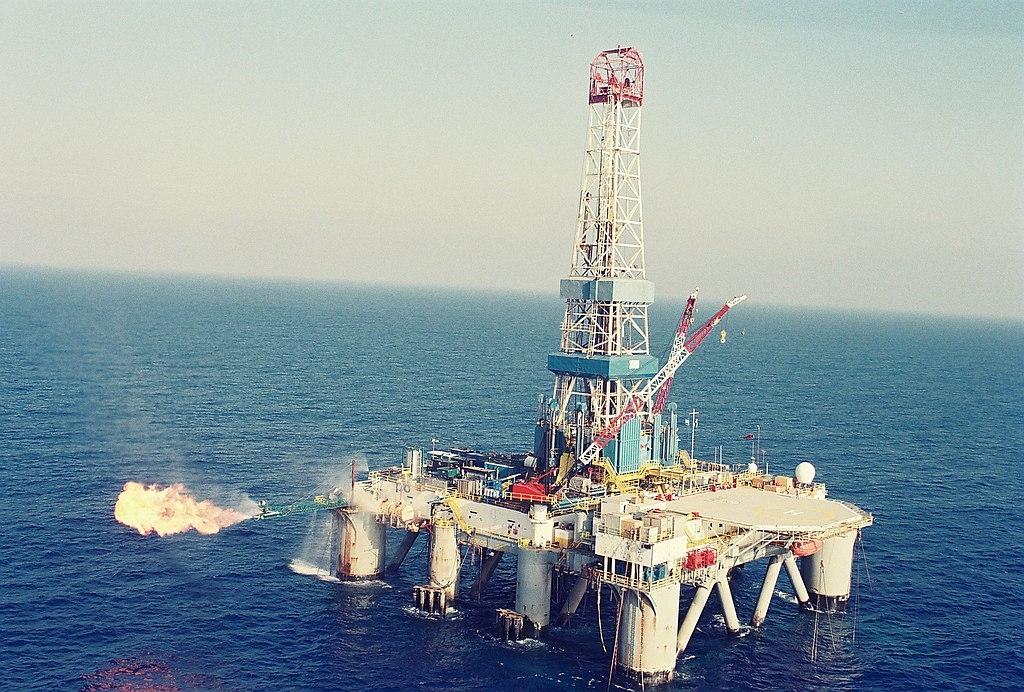 Plateforme pour l'exploitation gazière en Méditerranée (photo : Wikimedia Commons/רן ארדה-אורי כפיר).