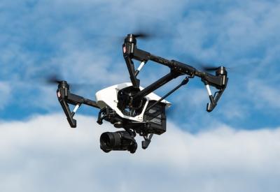 A l'avenir, les colis seront livrés par des drones (photo : Pixabay)