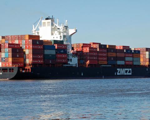 Porte-conteneurs de la compagnie maritime ZIM – le logiciel de Ladingo permettra dorénavant d'optimiser l'expédition de gros colis (photo : d'Huhu Uet - Eigenes Werk, CC BY 3.0, https://commons.wikimedia.org/w/index.php?curid=10561521)
