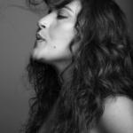Elle se moque volontiers d'elle-même : Noam Shuster-Eliassi (photo : Seli Ben Arie).