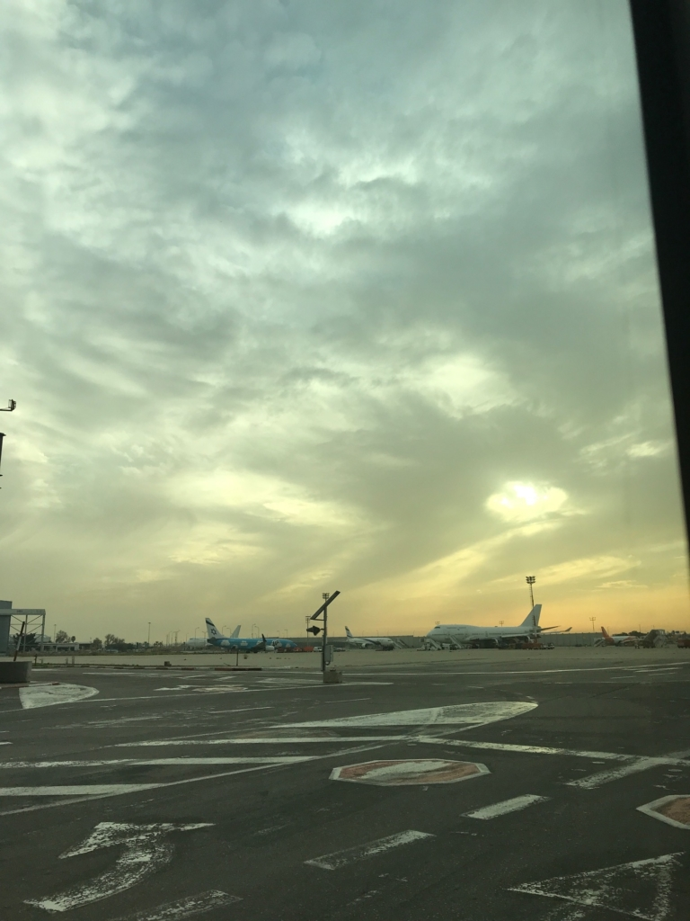 Avions d'El Al sur le tarmac de l'aéroport Ben Gourion (photo : KHC).