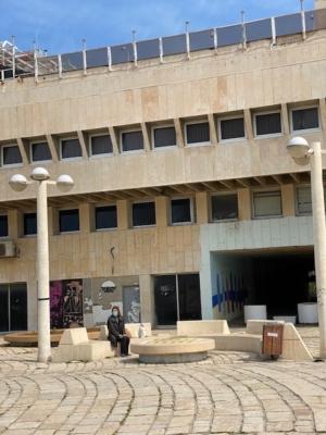 Les Israéliens restent chez eux, également pour protéger le seniors (photo : KHC).