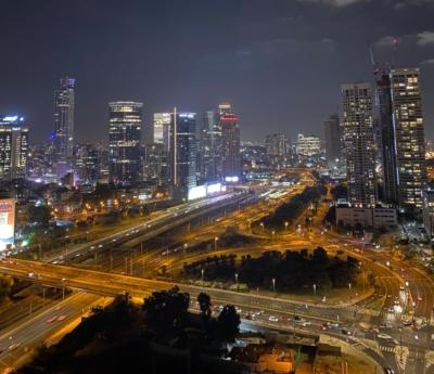 Soirée plutôt calme sur le périphérique de Tel-Aviv (photo: KHC).