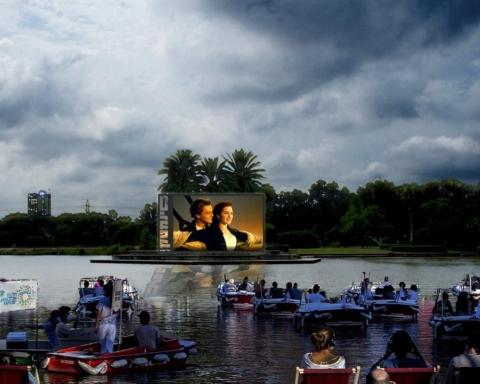 Voici à quoi pourrait ressembler la projection de films. La municipalité de Tel-Aviv projette de proposer un cinéma flottant et Le Titanic est certainement le film convenant le mieux à ce projet (photo: Facebook municipalité de Tel-Aviv).