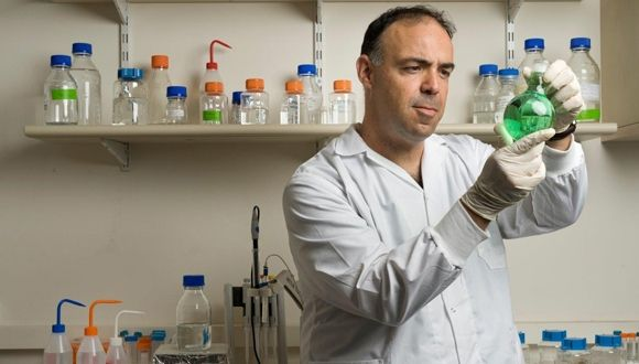 Le professeur Dan Peer est un chercheur de pointe dans le domaine de la nanotechnologie (photo : université de Tel-Aviv)