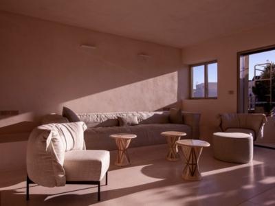 Des murs en matériaux naturels adaptés à Israël pour la Jaffa Roof House (photo : GITAI ARCHITECTS).